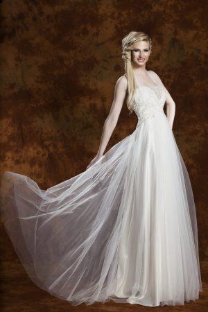 Сватбена рокля модел 1305