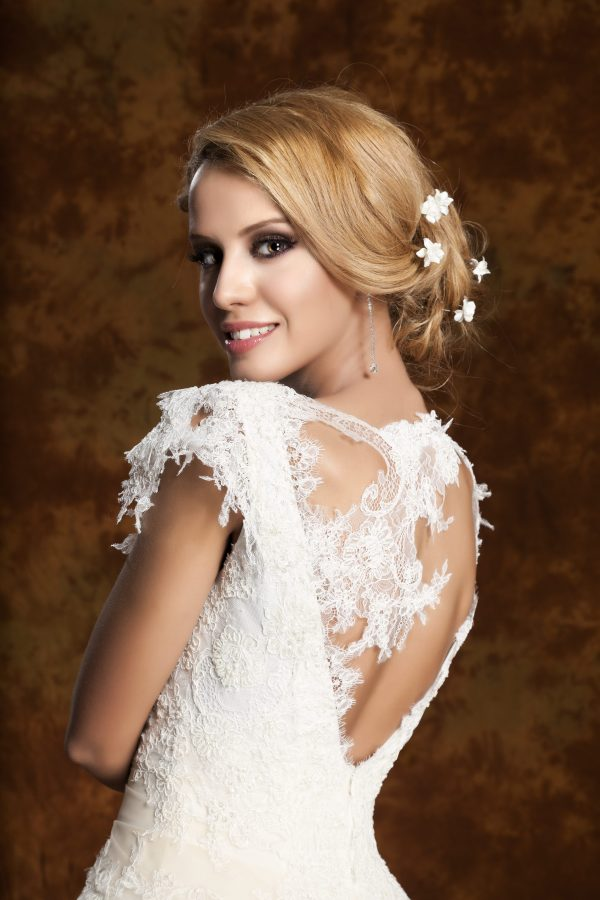 Сватбена рокля модел 1310