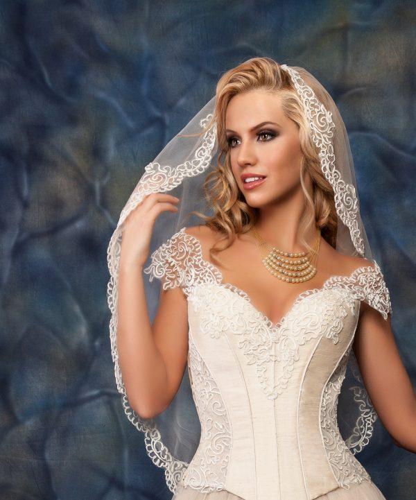 Сватбена рокля модел 1402