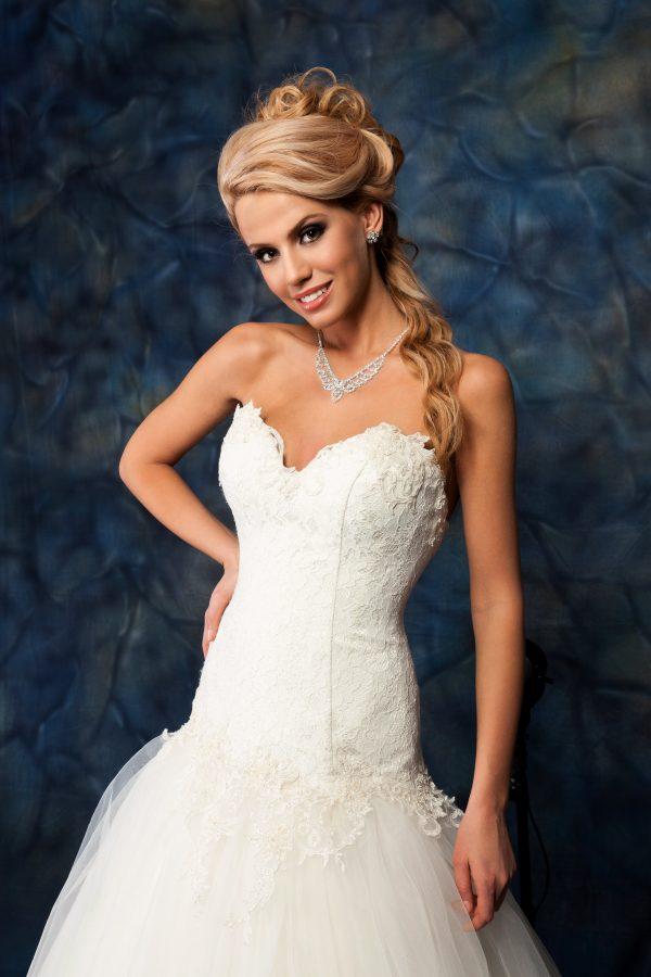 Сватбена рокля модел 1409
