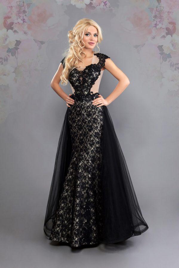 Официална рокля модел 1832