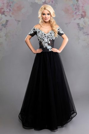 Официална рокля модел 1836