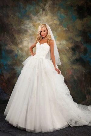 Сватбена рокля Модел 1612