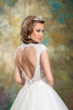 Сватбена рокля Модел 1700