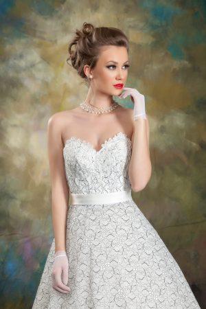 Сватбена рокля Модел 1711