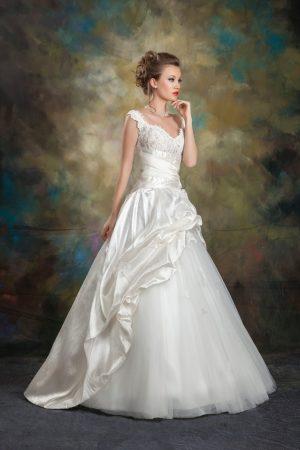 Сватбена рокля Модел 1713