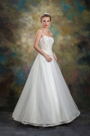 Сватбена рокля Модел 1715